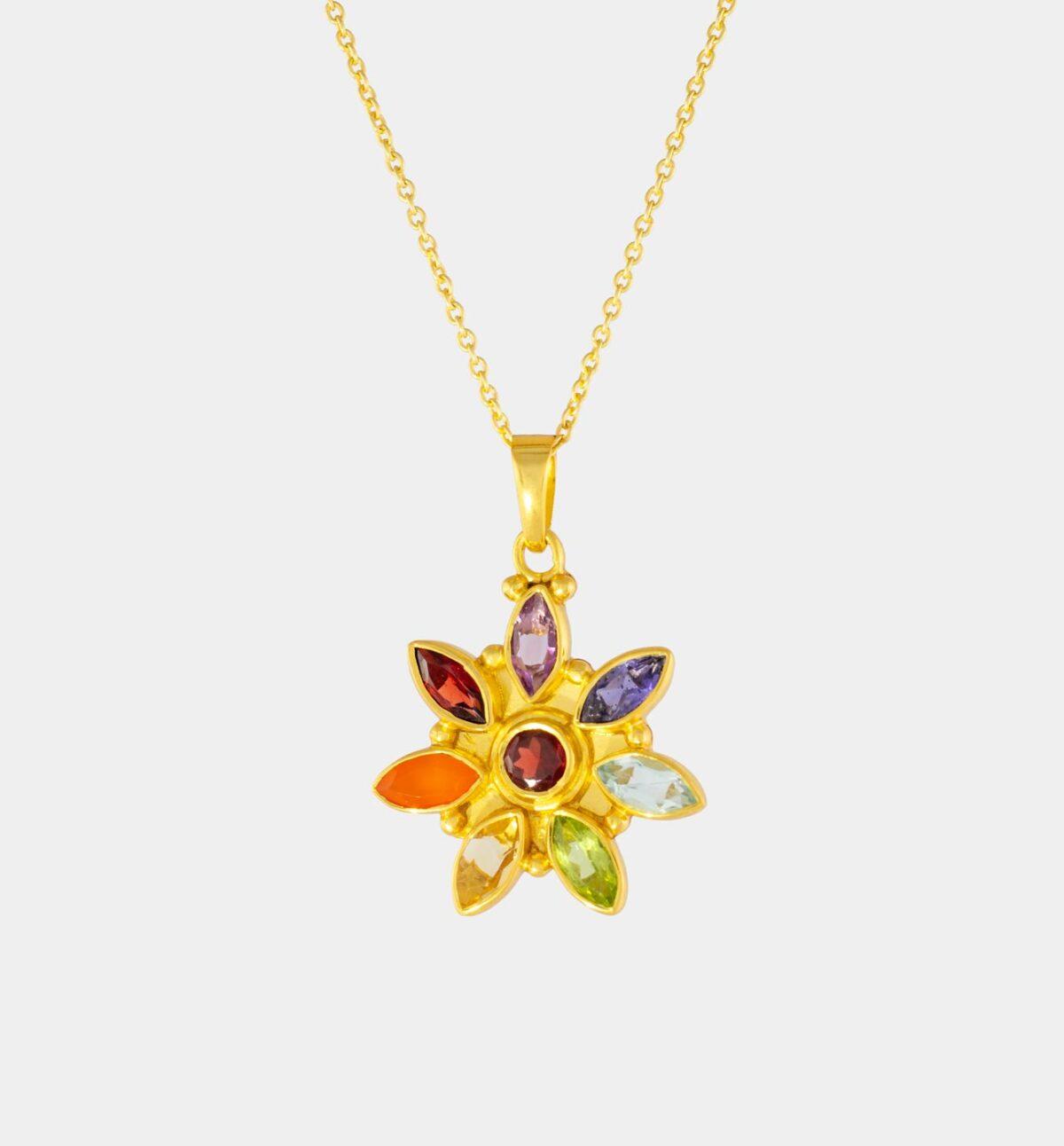 Chakrakette Flower