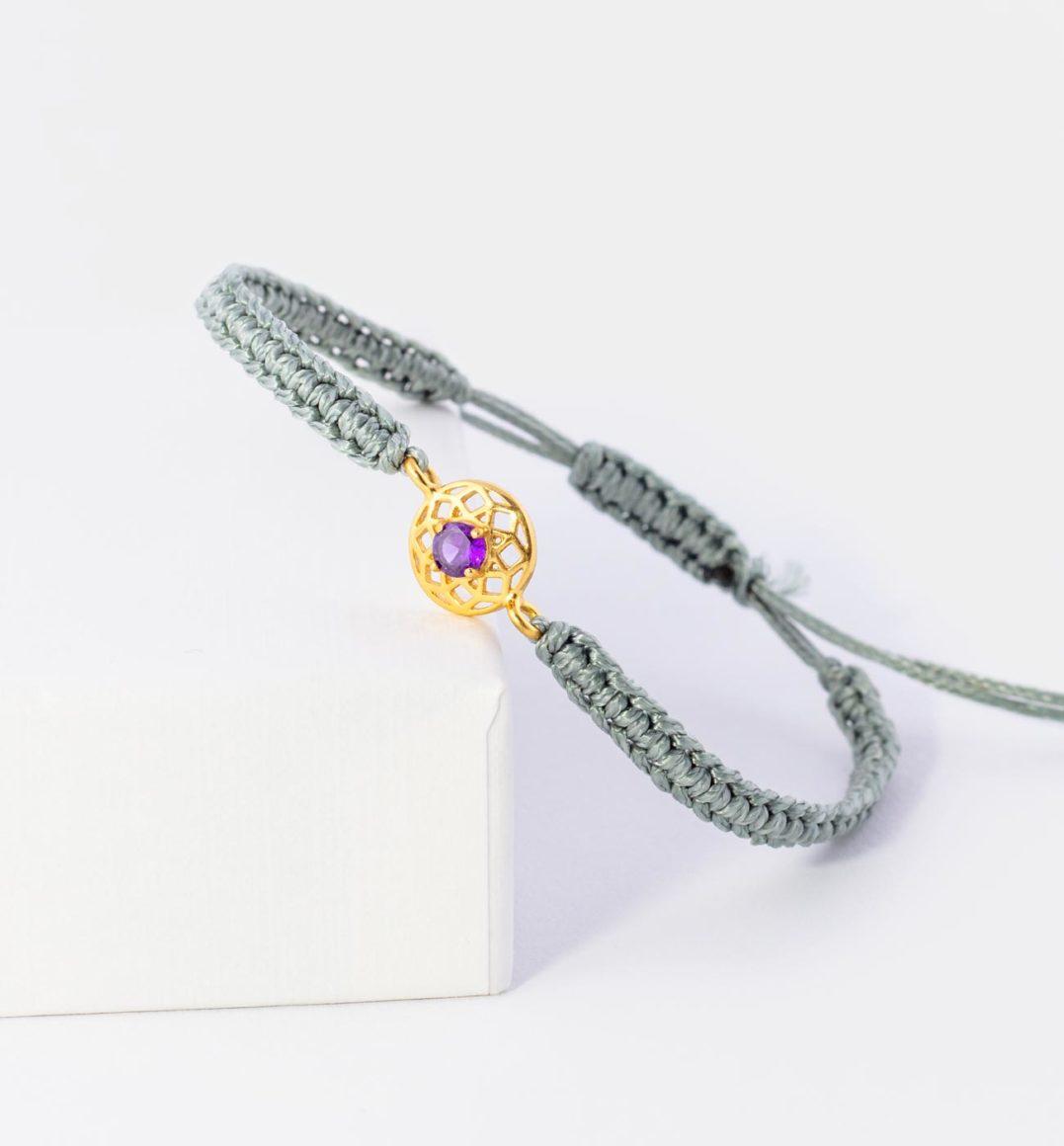 Kronenchakra Armband aus Baumwolle mit Mandala aus 925er Sterling Silber und Zirkonia Amethyst